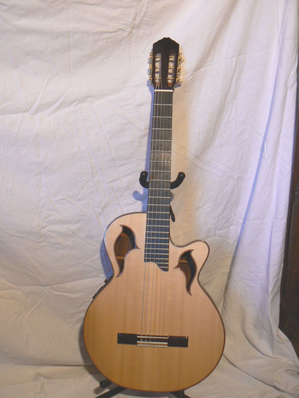 Petites annonces de Guitaristecom - Guitare Basse