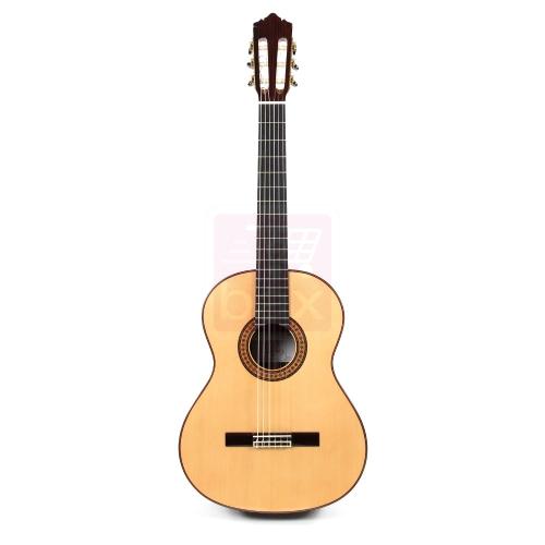 achat guitare classique en stock comparer les prix et. Black Bedroom Furniture Sets. Home Design Ideas