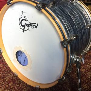 Vend grosse caisse Gretsch 20 x 16, silver oyter