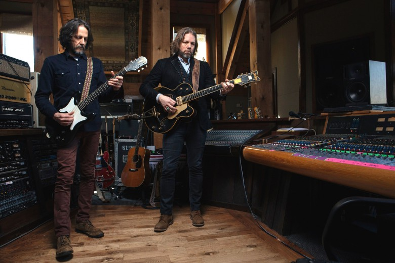 Rich Robinson - guitares