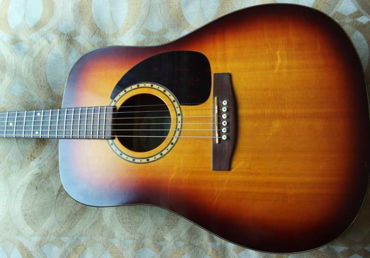 Votre meilleur guitare celle que vous ne vendrai jamais... 173762-195132-566a13aa3c-0a13
