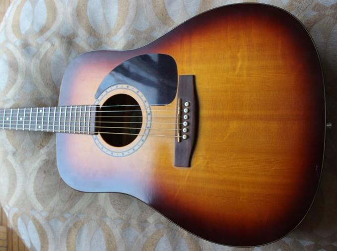 Votre meilleur guitare celle que vous ne vendrai jamais... 173762-195132-566a13aa3c-aec7