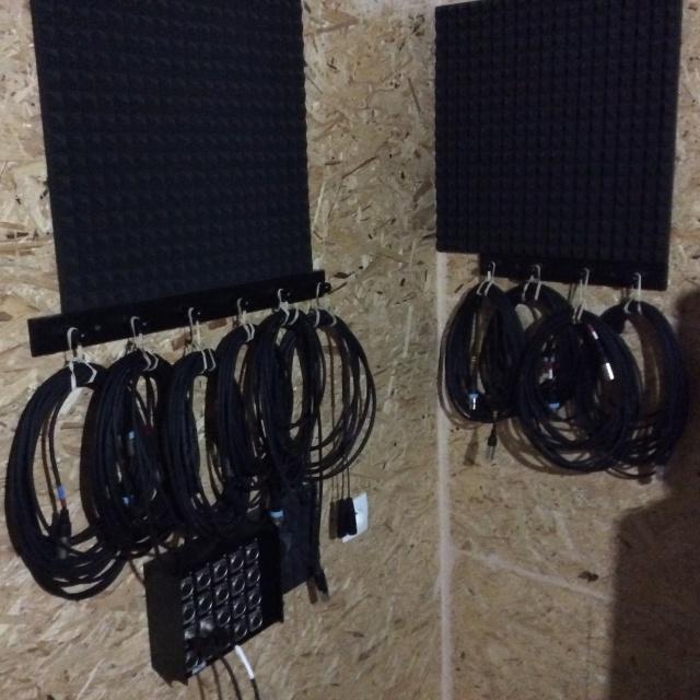 Le Topic Du Rangement Des Cables Qui Ne Font Pas De Noeuds Page 2 Home Studio