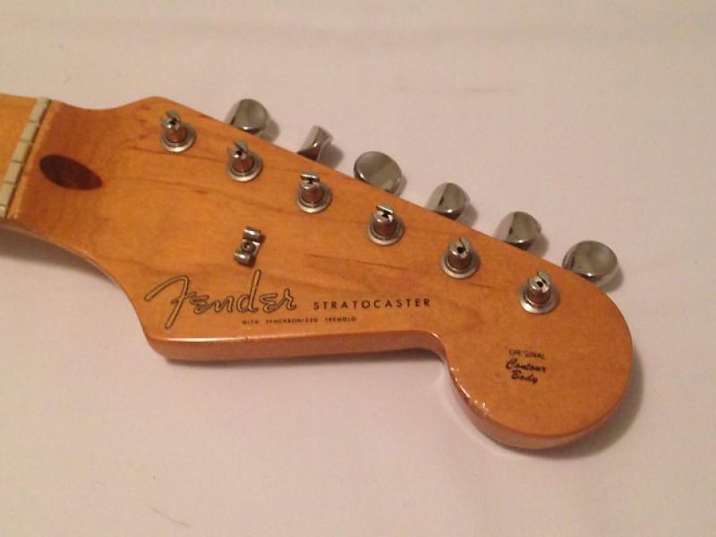 Numéro de série Fender service de rencontres
